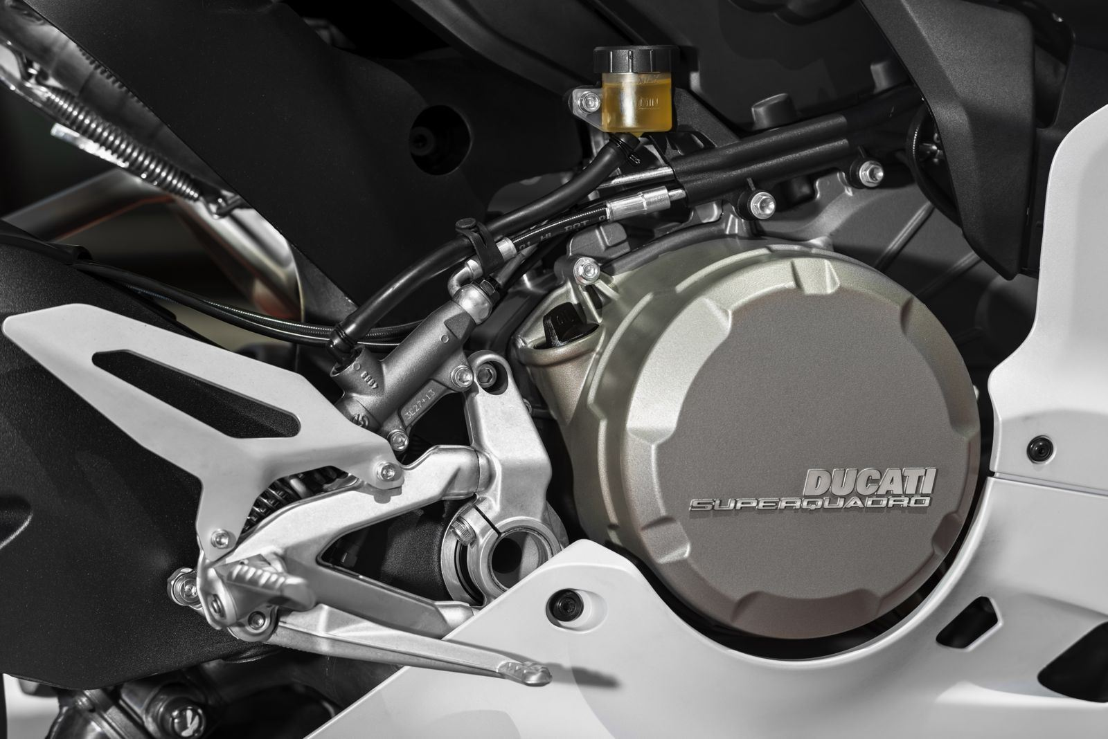 Ducati-899-Panigale-039